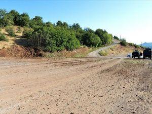 Tunceli'de patlayıcı araması yapan güvenlik güçlerine bombalı saldırı