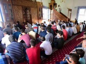 Ahıska Türkleri öz yurtlarında ilk bayram namazını kıldı