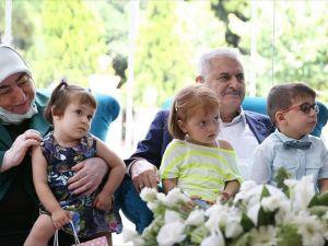 Başbakan Yıldırım çocuk yuvası ve rehabilitasyon merkezi ziyaret etti