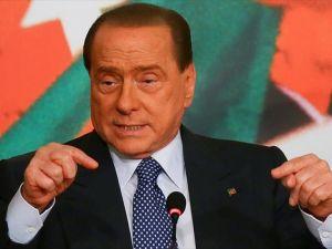 Eski İtalya Başbakanı Berlusconi Milan'ı satıyor