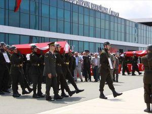 Giresun'da düşen askeri helikopterde hayatını kaybeden 7 kişi için tören
