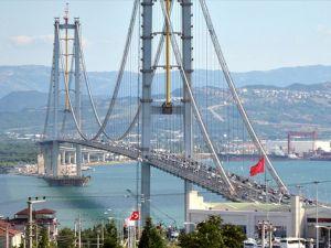 Osmangazi Köprüsü'nde 'özçekim'e ceza