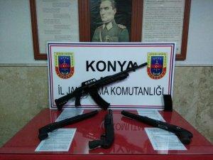 Beyşehir'de Jandarmadan kaçak silaha geçit yok