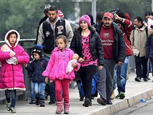 ilk 6 ayda 222 bin sığınmacı geldi'