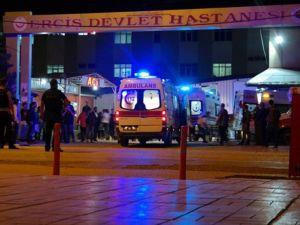 Van'da Jandarma karakoluna bomba yüklü araçla saldırı