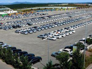 İthal araç satışı yerlilerin iki katını aştı