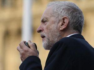 İngiliz ana muhalefet partisinde liderlik yarışı