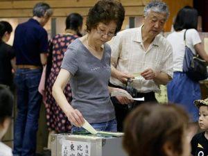 Japonya'da oy verme işlemi sona erdi