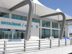 Valilikten flaş havalimanı açıklaması
