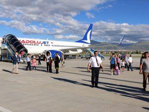 THY Erzurum-Antalya uçak seferleri başladı