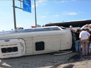 Giresun'da otobüs ile minibüs çarpıştı: 24 yaralı