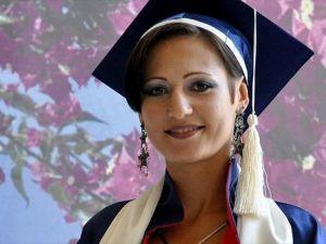 Tek kelime Türkçe bilmeden geldi birincilikle mezun oldu