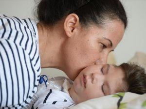 Oğlunun 'anne' diyerek sarılacağı günlerin hayaliyle yaşıyor