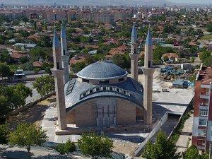 Karatay'ın en büyük camisinin inşaatı sürüyor