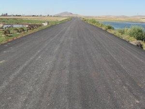 Cihanbeyli'de asfaltlama çalışmaları sürüyor