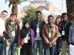 Türkiye 40 ülkeden 550 öğrenciyi misafir edecek