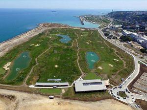 Samsun'da deniz dolgusuna yapılan golf sahası açılıyor