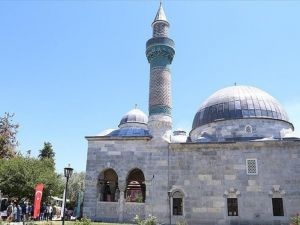630 yıllık cami restore edildi