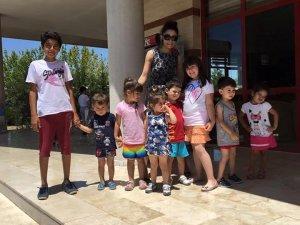 İmge'nin minik öğrencileri havuzda