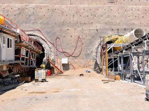 Türkiye'nin En Uzun Demiryolu Tünelinde Çalışmalar Hızlandı