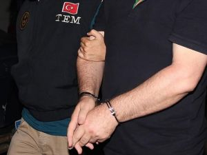 İstanbul'da Gözaltındaki Bin 300 Kişinin İşlemleri Sürüyor
