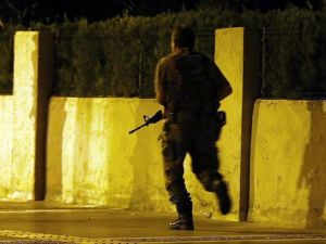 Erdoğan'ın Kaldığı Otele Saldırıya Katılan 2 Asker Gözaltına Alındı