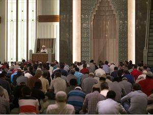 Demokrasi Şehitleri İçin Millet Camisi'nde Mevlit Okutuldu