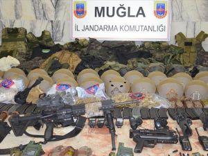 Erdoğan'ın Konakladığı Otele Saldıran Askerleri Arama Faaliyeti Devam Ediyor