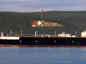 Rusya Boğazlardan Petrol Sevkiyatını Sürdürecek
