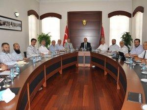 Konya'da STK'lar darbe girişimini lanetledi
