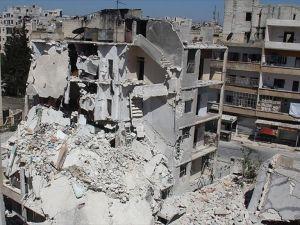Rus Uçakları İdlib'de Yerleşim Yerini Bombaladı: 15 Ölü