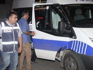 Aralarında eski HSYK üyelerinin de bulunduğu 17 hakim ve savcı tutuklandı