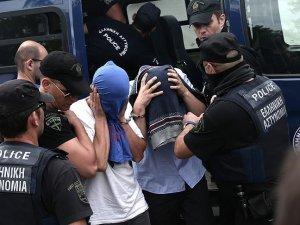 Yunanistan'a kaçan 8 darbeciye ikişer ay hapis cezası