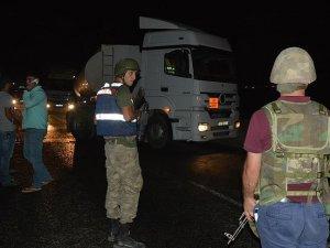 PKK'lı teröristlerin bomba yüklü kamyoneti imha edildi