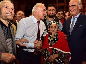 'Asırlık Çınar'ın Demokrasi Nöbeti