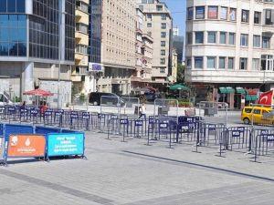 Miting Öncesinde Taksim'de Güvenlik Önlemleri Alınmaya Başlandı