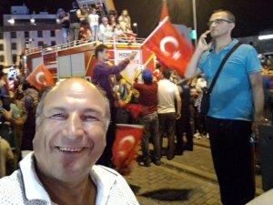 Anamaslı Mehmet nöbette