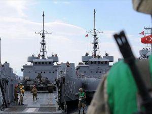 Foça Deniz Üs Komutanlığında Arama Yapılıyor