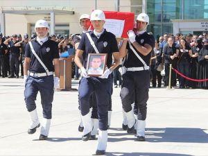 Şehit Polis Memuru Kağan Kılıç İçin Elazığ'da Tören Düzenlendi