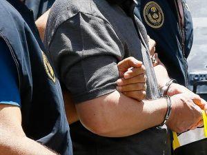Antalya'da 14 Gazeteci Gözaltına Alındı