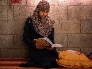 İsrail Saldırılarında Hayalleri 'Yıkılmayan' Gazzeli Genç Kız