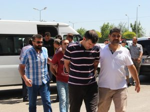 Konya'da gözaltındaki 16 rütbeli asker, adliyeye sevk edildi