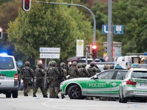 Münih'teki Silahlı Saldırıda Yaşamını Yitiren Türk Genç Gümülcine'yi Yasa Boğdu