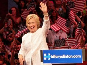 Hillary Clinton Abd'nin İlk Kadın Başkan Adayı