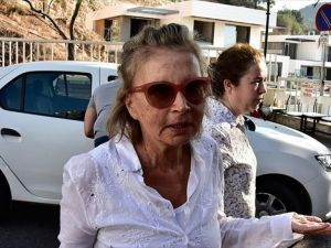 Nazlı Ilıcak'ın Da Aralarında Bulunduğu 6 Gazeteci Tutuklandı