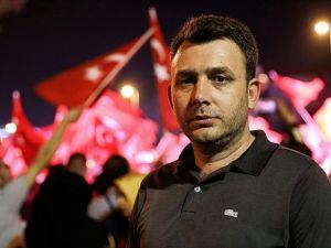 "Sırplara Karşı Savaşan Kosova Gazisi ""Demokrasi Nöbeti""nde"