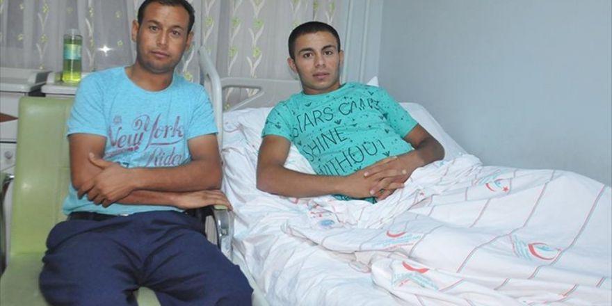 Darbecilerin Yaraladığı Genç 'Demokrasi Nöbeti' Tutmak İstiyor
