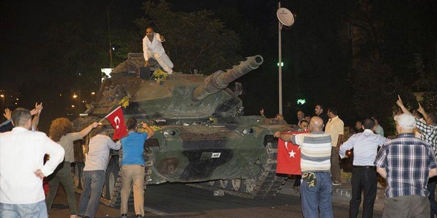 'Türkiye'de Darbe Başarılı Olsaydı İç Savaş Çıkacaktı'