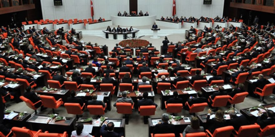 Beklenen kanun teklifi Meclis'ten geçti
