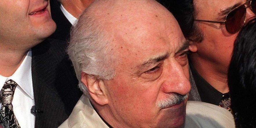 Gülen'in avukatları yurt dışına kaçtı